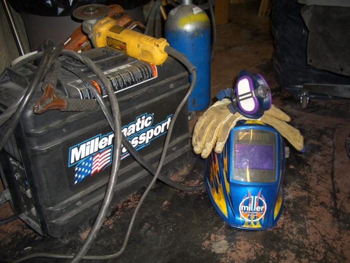 Custom Welding Helmets >> Miller LPR-100 Half Mask Respirator (S/M) ML00894